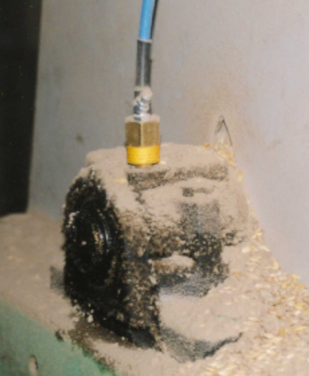 WDB1 sensor on bearing