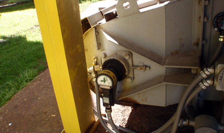 Whirligig shaft sensor mount on conveyor